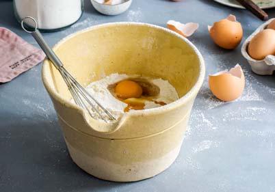 Подготовка на палачинки- смеса за палачинки